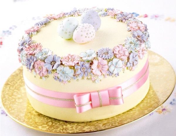 easter cake floral design via Pinterest